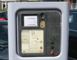 Parkeerautomaat vrij parkeren IMG_0891_cr (Medium)_cr (Medium)